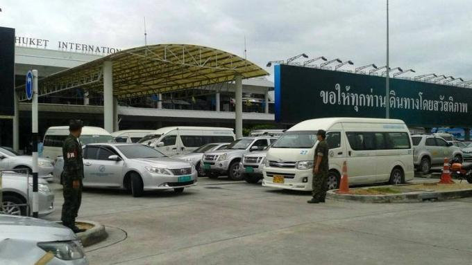 L'aéroport de Phuket met en place un service de navettes entre les terminaux