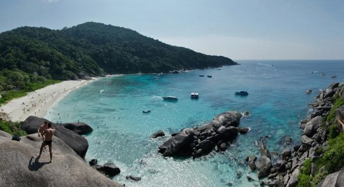 La police enquête sur la mort d'une suédoise dans les iles Similans