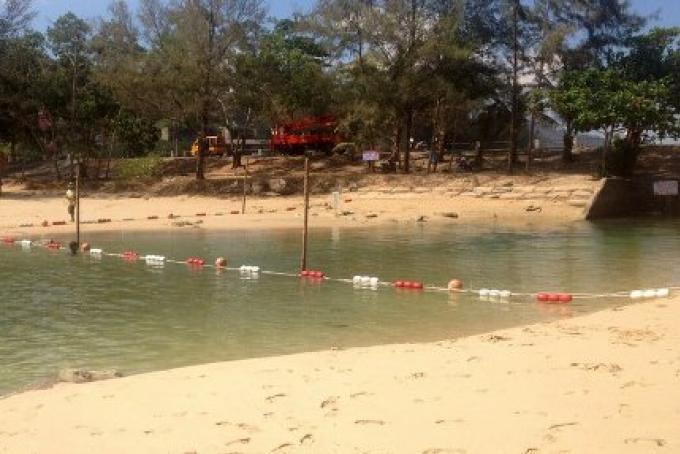 La lagune de la mort, une barrière de sécurité a été mise en place pour la songkran