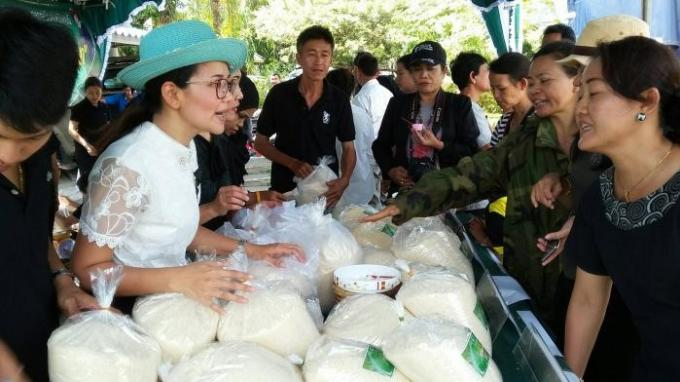 Huit tonnes de riz vendus en trois heures