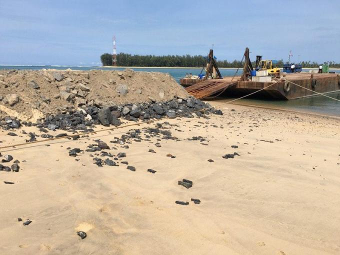 Le bureau maritime vise la compagnie chargée de la construction des récifs artificiels