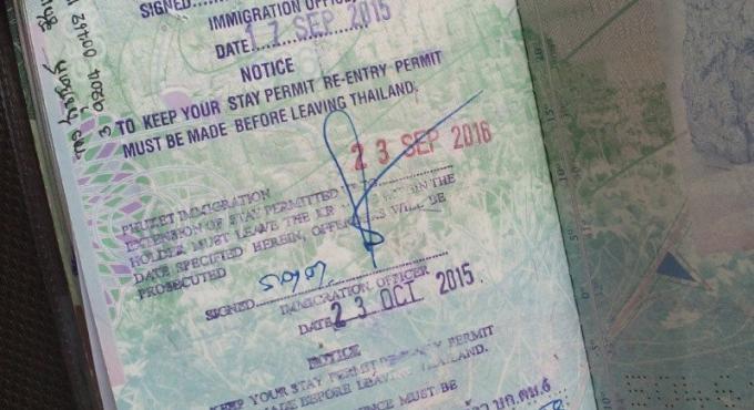 Le gouvernement annonce des visas de 10 ans pour les touristes seniors