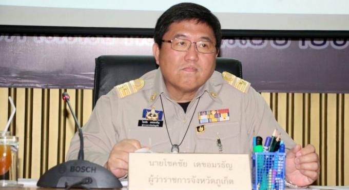 Le gouverneur de Phuket déclare la guerre aux motards sans casque