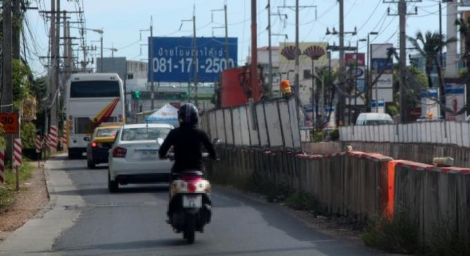 Le responsable des autoroutes appelle à la patience alors que les travaux du tunnel de Chalong déb