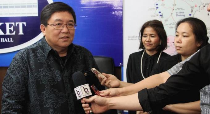 Le gouverneur de Phuket réitère ses avertissements contre les hôtels illégaux : déclarez-vous o