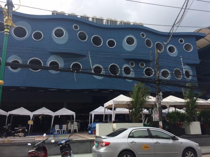 La police scientifique entre en jeu pour déterminer les causes de l'incendie de l'hôtel a Pato