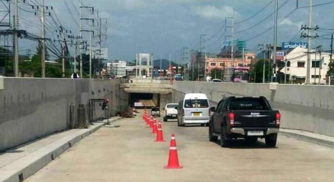 Le tunnel de Bang Khu ouvert lors de la visite Royale
