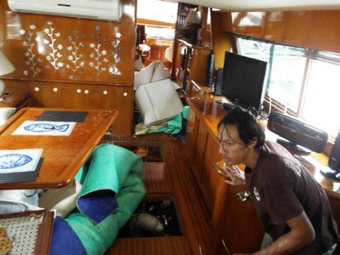 Le chef de la police de Phuket dement l'explosion a la marina et met en cause un extincteur