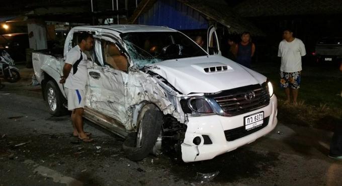 Deux blessés dans une collision entre un car et un pickup