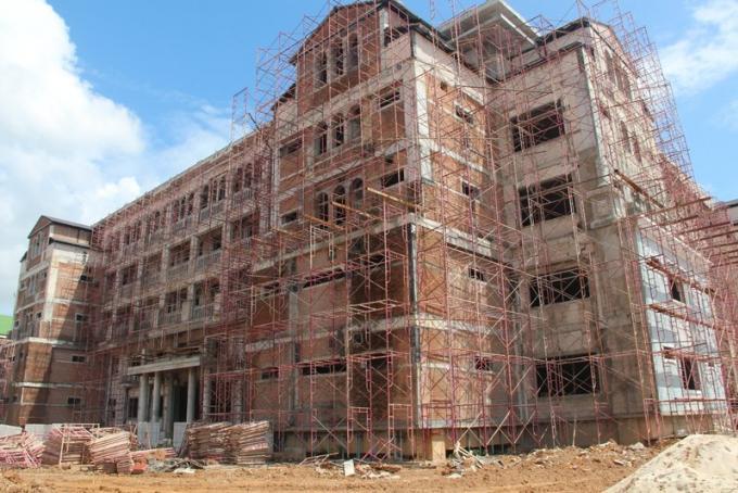 450 millions de baths et le nouveau Provincial Hall sort de terre