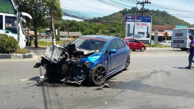 Un thaï de 24 ans en soins intensifs apres un accident en moto