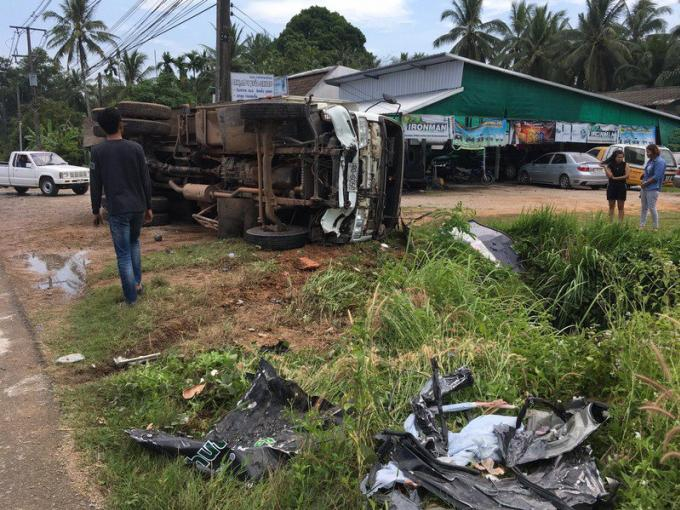 Un français mort et deux dans un état critique après avoir été percutés en SUV par un camion �