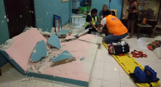 Un mur de béton s'effondre sur un portugais et le blesse
