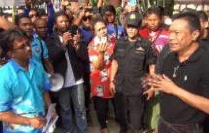 Grand blocage pour les touristes alors que les tours opérators demandent une réduction des frais d