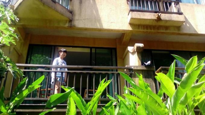 Un voleur cambriole la chambre d'un couple de chinois pendant leur sommeil