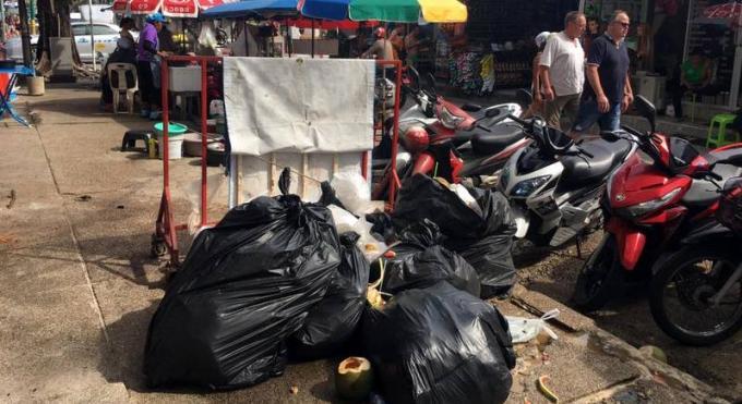 Clean up Phuket! La maire inaugure une campagne de nettoyage des rues de Patong