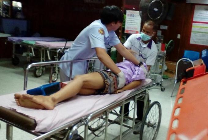 Un laydayboy blessé après avoir sauté d'un pont