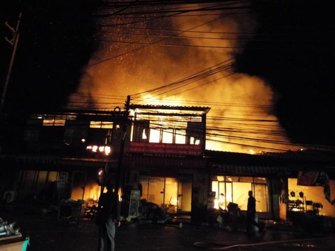 Un incendie éclate dans un marché de Phuket