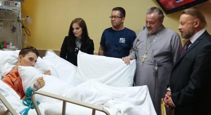 Les ados russes sont sortis du coma, mais les dons sont toujours les bienvenus