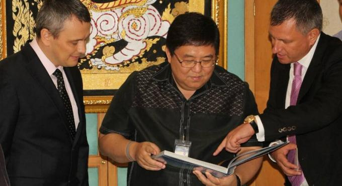 Le gouverneur de Phuket a entendu l'appel de l'ambassade ukrainienne demandant des séjours plus
