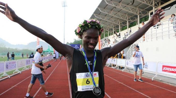 Les kényans remportent le troisième Supersports 10-Mile International Run