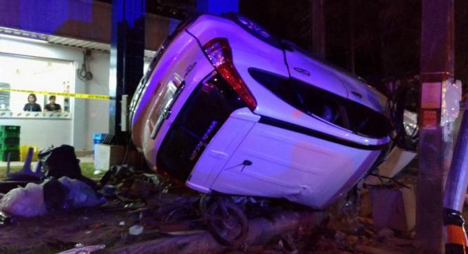 La police de Phuket esquive les preuves de conduite en état d'ivresse pour la Honda CRV volante