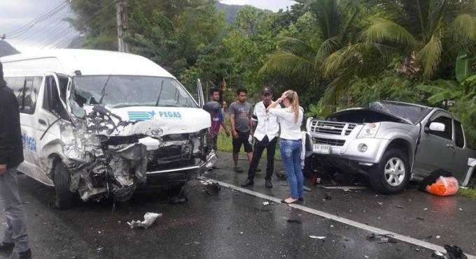 Un mort et plusieurs blessés dans un accident provoqué par un mini van
