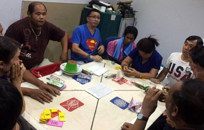 Un chef de village de Phuket arrêté dans un raid anti jeux clandestins