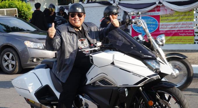 La Phuket Bike Week s'emballe avec 'World Ride Together'