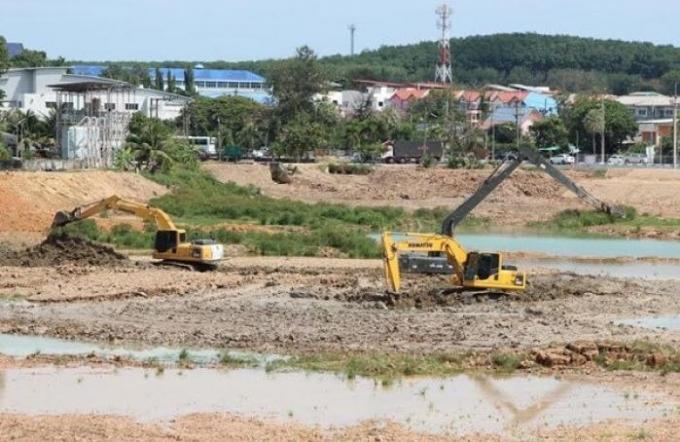 Le réservoir de Phuket dragué en préparation de la saison sèche