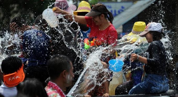 Les officiels de Phuket dévoilent les règles pour Songkran
