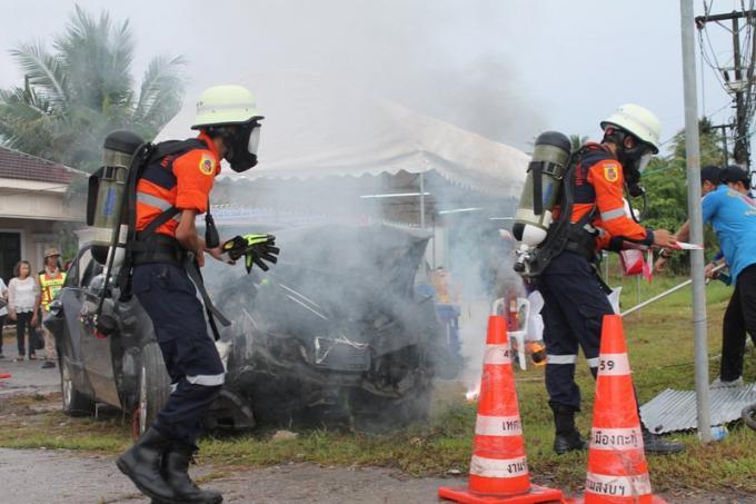 La campagne de sécurité routière de Songkran 'Seven Days of Danger' lancée
