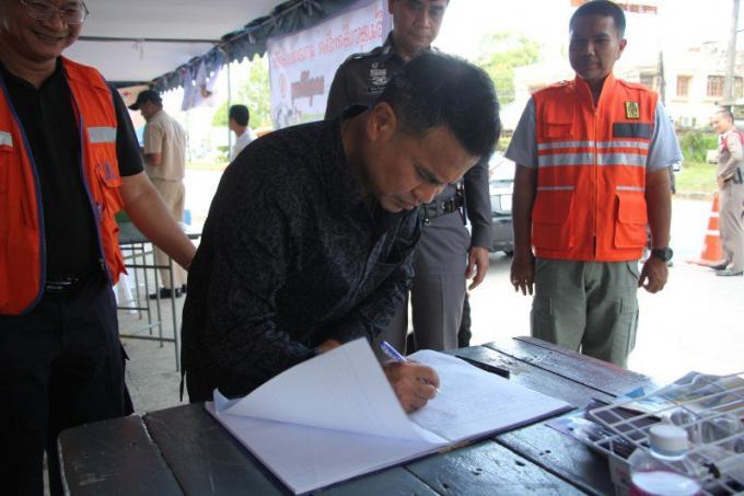 Le gouverneur de Phuket en appelle à la plus grande prudence sur les routes pendant Songkran