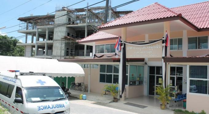 Le nouvel hôpital de Chalong à moitié terminé