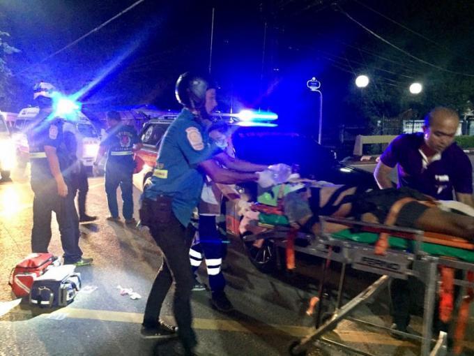 Le conducteur d'un scooter meurt après avoir percuté un pickup