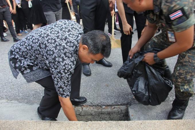 Le gouverneur de Phuket très sérieux à propos de 'Keep Phuket Clean'
