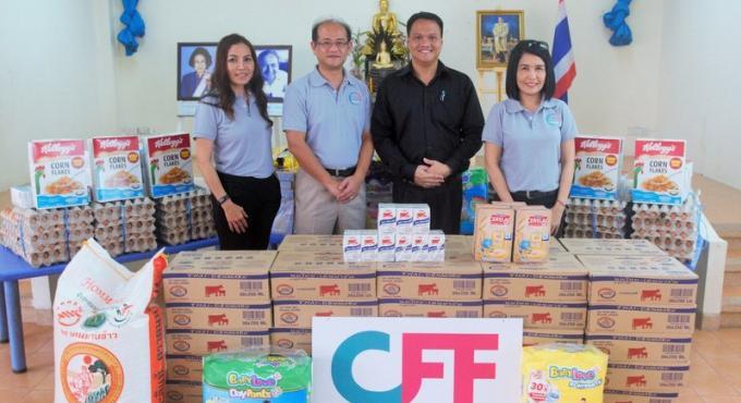 Laguna CFF commence à distribuer des repas aux orphelinats de Phuket de manière régulière