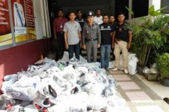 Trois migrants arrêtés dans des raids ciblant les contrefaçons