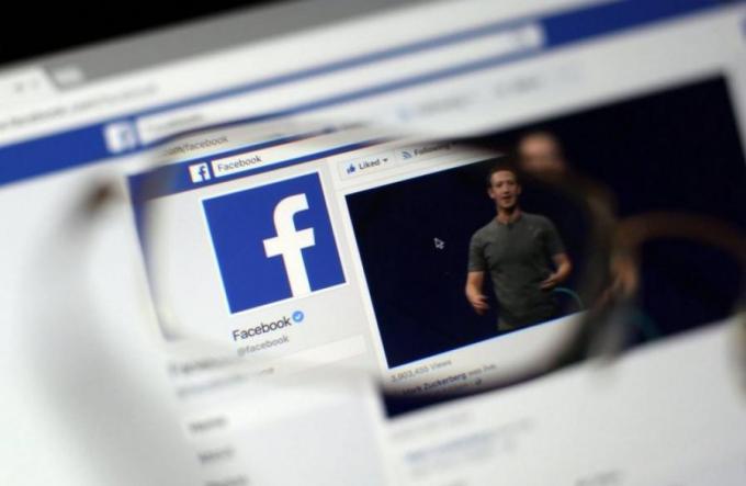 Facebook rate la date butoir pour bloquer les pages jugées insultantes envers la monarchie