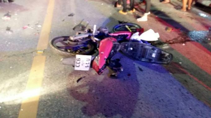 Un mort dans un choc frontal entre un scooter et une voiture