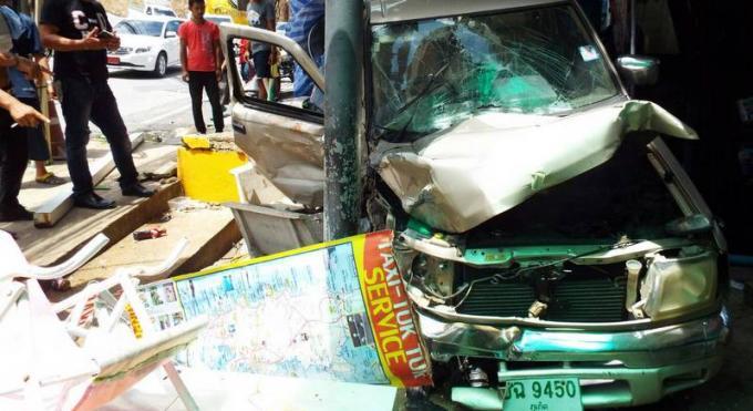 Un expat Français perd le contrôle de son véhicule et blesse cinq personnes a Kata
