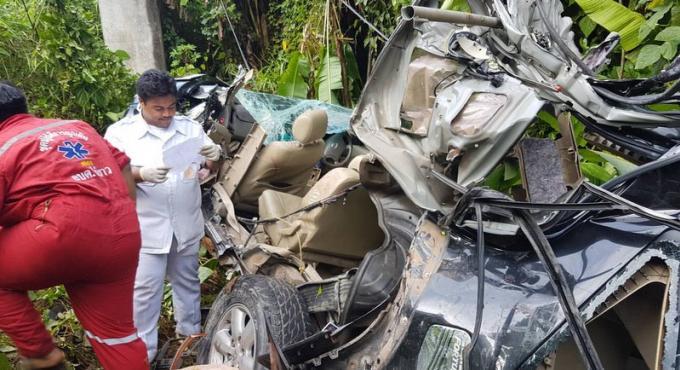 Accident sur la route de l'aéroport, le chauffeur a le bras sectionné