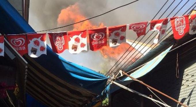 Un feu sur Koh Phi Phi provoque des dommages d'1million de baht