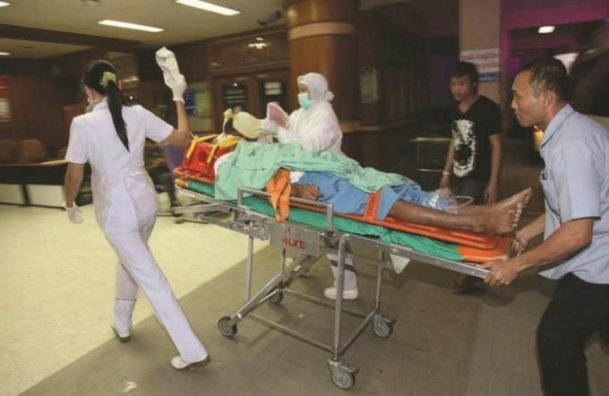 Rapport Spécial : Les hôpitaux de Phuket annoncent de lourdes pertes dues aux patients sans assura