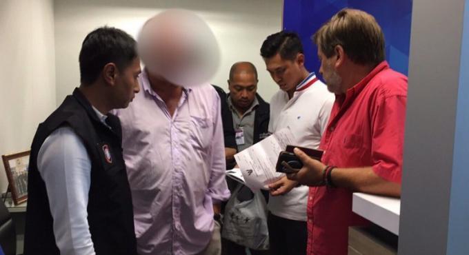 Le voleur à l'étalage belge arrêté à l'aéroport de Phuket