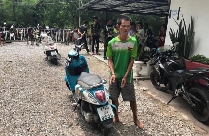 La victime participe à l'arrestation du voleur de son scooter