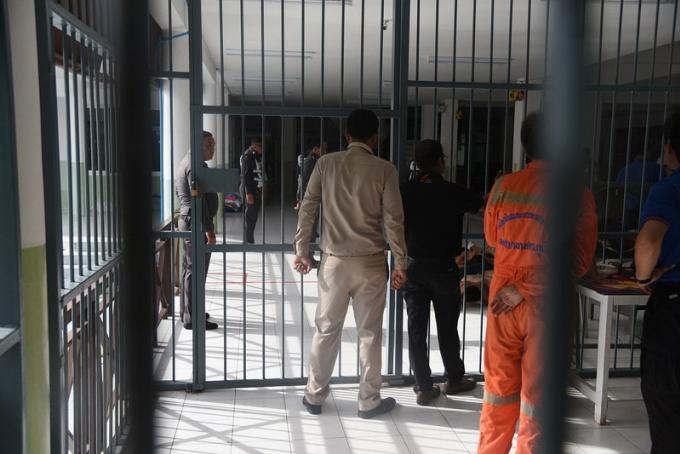 Emeutes d'ados lors du transfert de caïds vers la prison provinciale