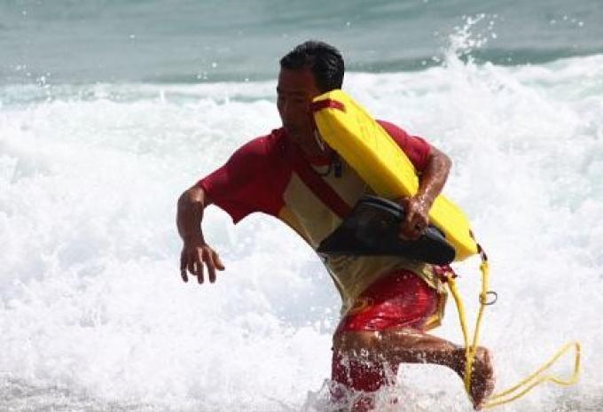 Les sauveteurs de retour sur les plages de Phuket la semaine prochaine