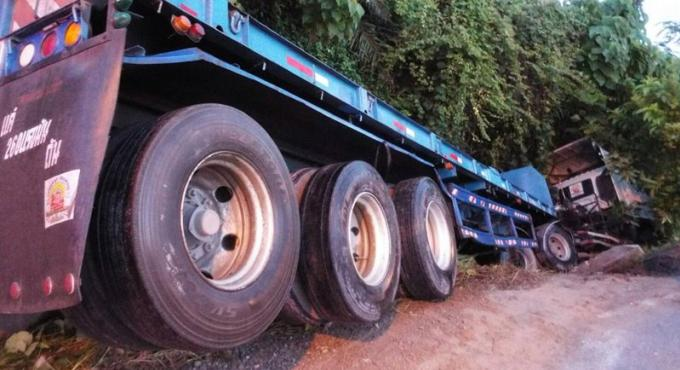 Un chauffeur inculpé de conduite dangereuse après un accident à Phuket