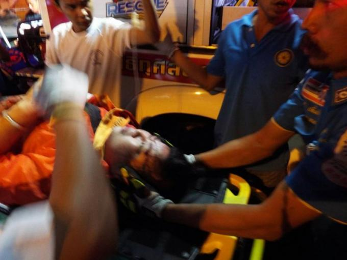 Un jeune garçon de 12 ans meurt dans un accident de car a Patong Hill